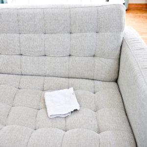 Cách giặt sofa vải tại nhà